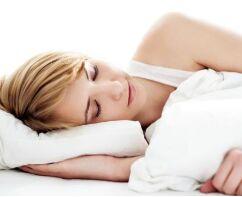 好睡眠对牛皮癣患者的重要性